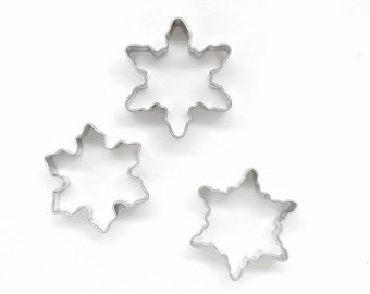 Mini Snowflake Cookie Cutter Set, Mini Holiday Cookie Cutters, Snowflake Piecrust Cutters, Mini Christmas Cookie Cutters (Set of 3)