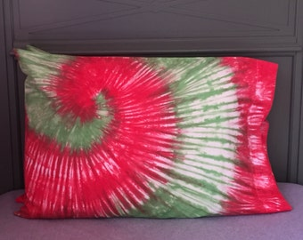 ON SALE: Christmas Tie-Dyed Pillowcase