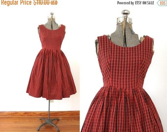 ON SALE 1950s Dress / 50s Dress / 1950s Red Plaid Full Skirt Dress