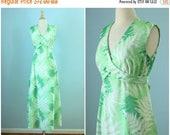 SALE 1970s knit maxi dress / 70s fern wrap dress
