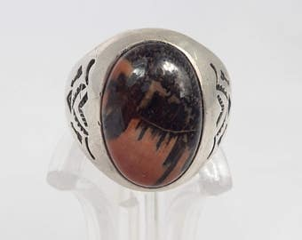 Large Vintage Sterling Silver Agate Ring- Native American? - Black and Russet Red Agate Domed Cabochon - size 12 ring