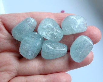 6 pcs, 16-19x9-10mm, Aquamarine Blue Smooth Nuggets Beads, Drilled, Sparkling Dreamy Icy