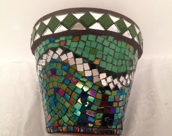 Mosaic Pot with Green and Mirror Tile