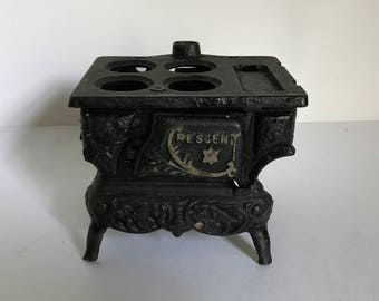 Mid Century Salesman's Sample Crescent Cast Iron Wood Cook Stove / Doll Accessory - Missing Parts