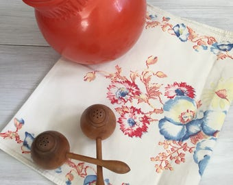 Vintage floral table runner