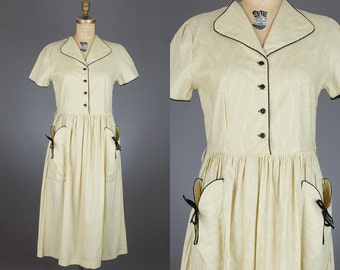 vintage 1950s pinstripe dress with pockets