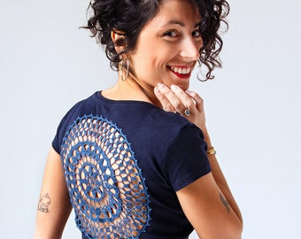 Dark Blue t-shirt with upcycled vintage crochet doily back - Size S