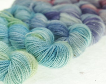 Mini-Skeins Fingering Yarn Variegated Dyed  - Pixie Dust
