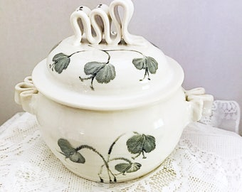 Clay casserole dish, ceramic casserole dish, white with black flowers. Porcelain casserole  dish.  Bean pot with black flowers