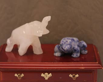 Dollhouse Figurines Miniature Tiny Blue Frog White Elephant Alabaster Carved Stone