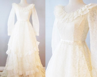 Vintage 1970's Renaissance Wedding Dress / Victorian Layered Ivory Cream Lace Romantic Bridal Gown / Size Small