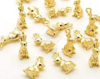PD-1965-MG / 4 Pcs - Tiny Rabbit Charms, Miniature Rabbit Charms, 3D Animal Pendant, Matte Gold Plated over Brass / 6.6mm x 14mm