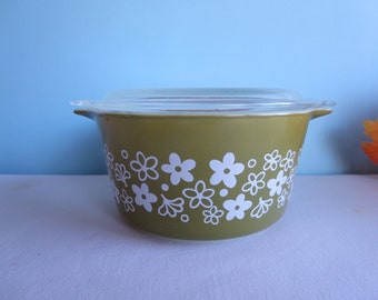 Vintage Green Daisy Casserole Dish with Lid - 1 Quart Tab Casserole