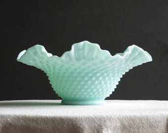 Vintage Green Pastel Milk Glass Bowl - Fenton Hobnail 1950s - Mint Green