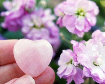 ROSE QUARTZ Heart / Pink Heart Stone / Rose Quartz Crystal / Attract Love / Wedding Favor / Heart Chakra Stone / Unconditional Love