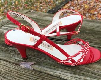 Vintage 80s Sandal / NOS Red and Beige Sandal / 5 B QualiCraft Italian Sandal / Manmade Materials