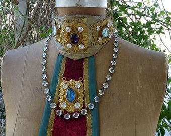 Rare 1800s Antique French Baroque Religious Liturgical Vestment Collar, offered by RusticGypsyCreations