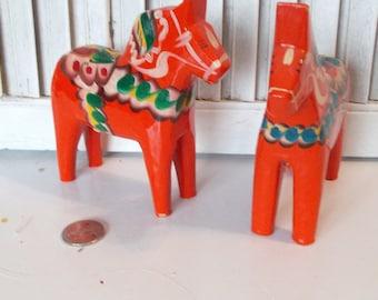 Vintage Swedish Scandinavian Dala Handpainted Dala Horse Set 0073