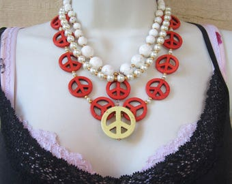 Chunky Magnesite and Pearl Peace Necklace