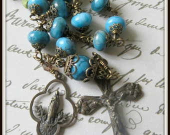 Mary with Flowers Petite Single Decade Pocket Rosary in Blue Crazy Lace Agate, Wire Wrapped Unbreakable Rosary, Bronze Rosary Tenner