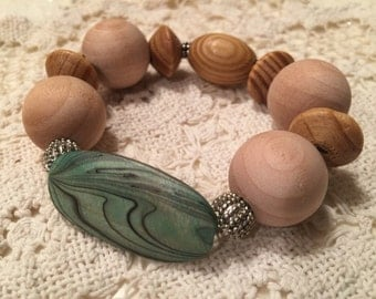 Tribal Natural Wood Bead Essential Oil Bracelet