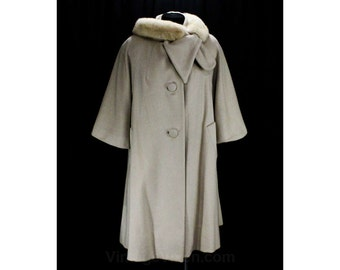 XL Lilli Ann Coat - Sophisticated Pale Taupe Wool 60s Swing Coat with Mink Fur Collar - Chic 1960s Designer Outerwear - Bust 46 - 48314