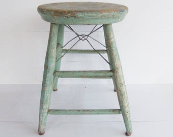 Vintage Primitive  Wood Stool, 4 Legged Step Stool, Chippy Green  Paint, Wooden Bench