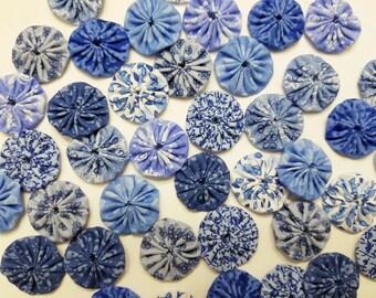 40 Assorted Blue Prints 1 inch  Fabric Miniature Yo Yos Applique Quilt Pieces Scrapbooking Embellishments