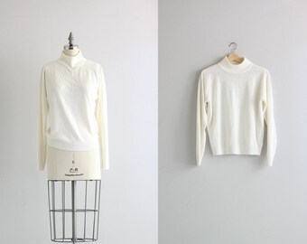 Vintage Pullover Sweater . Winter White Beaded Sweater . Turtleneck