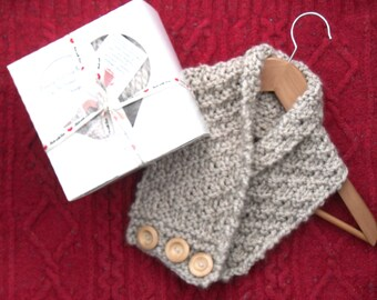 Neck warmer Knitting kit , winter diy kit , bulky knitting kit , gift for knitters , easy knitting kit  , learn to knit , birthday gift