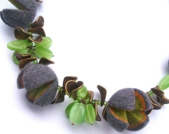 Felted necklace- Gray necklace with brass and  beads - Handmade- OOAK- Felt necklace with beads Felted gray necklace