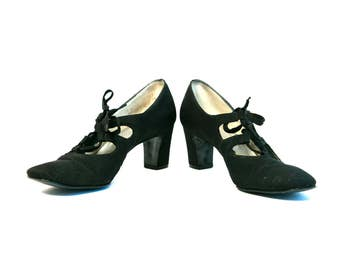Vintage 60's Black Lace Up High Heels by Jacqueline Women's Size 7 8 Retro/Witchy/Costume