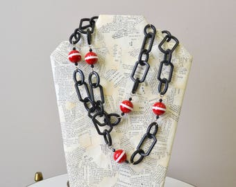 1980s Plastic Link and Bead Necklace
