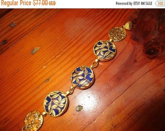 Luxury: Navy BLUE JADE TRIO Focal Bezel-Set 22K Gold Plate Oriental Fretwork Bracelet w/2 Embossed Gold Floral Links & Magnetic Clasp