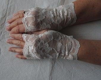 Off White Lace Fingerless Gloves, Ivory Bridesmaid Glove, (Item #7) Victorian Gloves, Wedding Gloves, Prom Glove, Bride Gloves, Formal Glove