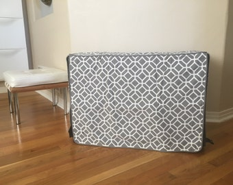 Grey & White stained glass Print Dog Pet Wire kennel crate House COVER ONLY  s m l xl xxl all sizes