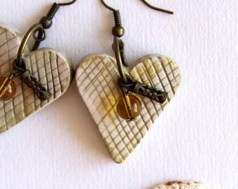 Earrings Handmodelling heart cream gold