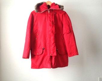 vintage red PARKA arctic faux FUR lined WARM hooded fishing alaskan jacket coat