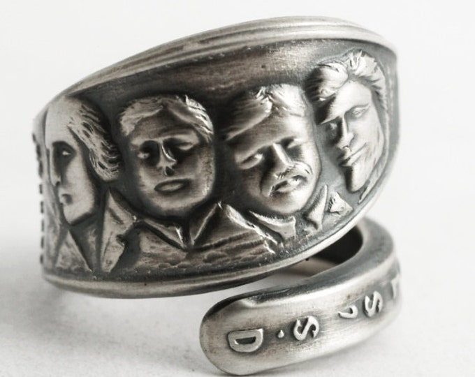 Vintage Mount Rushmore Ring, Black Hills SD Ring, Sterling Silver Spoon Ring, Handcrafted Jewelry, Gift for Her, Adjustable Ring Size (6613)