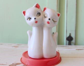 Vintage CAT Figurine....housewares. animal lover. retro. vintage home. kitsch. 70s home. vintage home. cat lover. kittens. calico. kitty cat