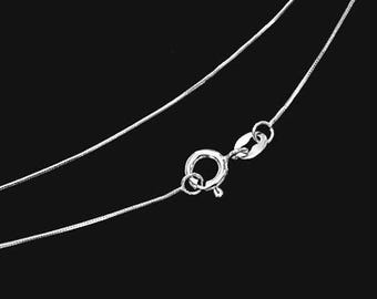 18 inches of 925 Sterling Silver Round Snake Chain Necklace 0.6 mm.   Delicated Chain. :th2580-18