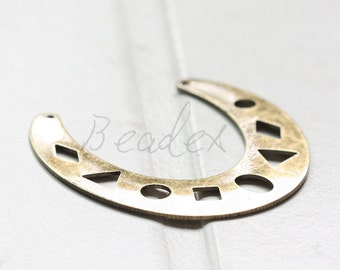 One Piece / Antique Brass / Brass Base / Filigree / Crescent / Geometry / Link (C3092//A500)