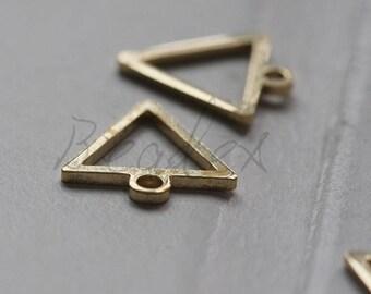 30 Pieces / Raw Brass / Brass Base / Geometry / Triangle / Charm (C3708//V70)