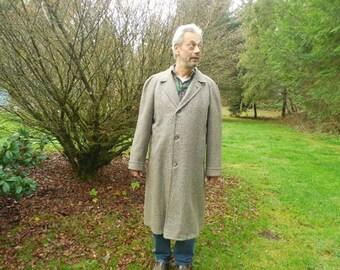 Fabulous Botany 500 Men's Tweed Overcoat, Size 43 Long, Men's Classic Tweed Coat, Vintage Tweed Overcoat, Tall Men's Overcoat