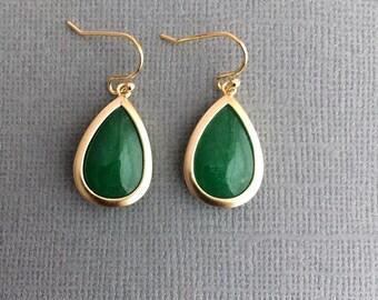 Green Earrings,Emerald Green Earrings,Gold Earrings,Gold Green Earrings,Bridesmaid Gift,Bridal,Wedding,Dark Green,Christmas Gift, Delicate.