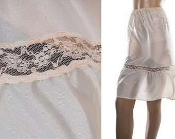 Beautiful 'BHS' silky soft shimmering shiny cream nylon and delicate sexy inset lace panel detail 1980's vintage waist slip petticoat - 3835