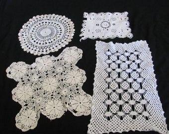 Doily Lot of 4 Vintage Handmade White Crocheted Doily Table Runner Place Mat (#52B)