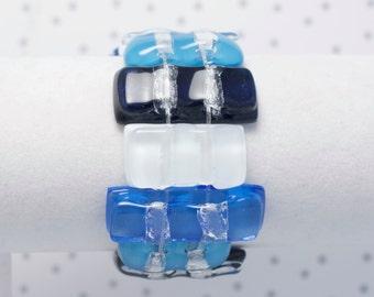 Bracelet en verre fusionné bleu et blanc