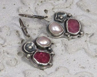 Silver earrings with rough rubies, fresh water pearls and handmade flowers Design 1