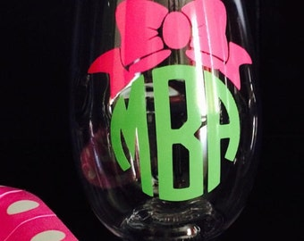 Personalized Stemless Wine Glass - Wine Glass With Bow - Mother's Day - Bachelorette Party - Hostess Gift - Wine Glass - Stemless Wine Glass